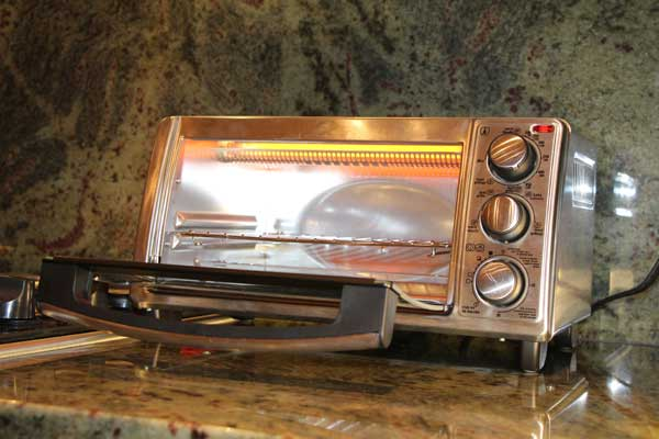 Video Finally A Toaster Oven That Browns Evenly