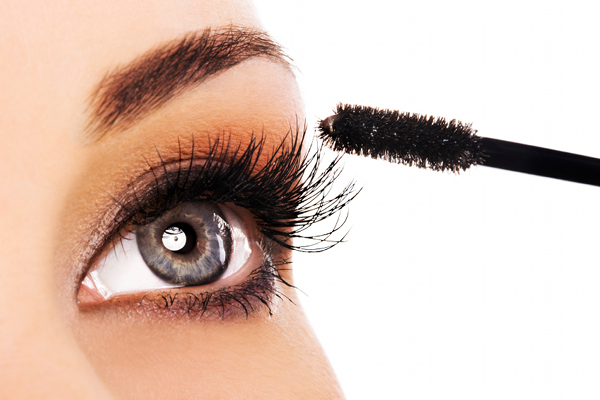 Best Natural Mascara Brands For Sensitive Eyes | Viewpoints Articles