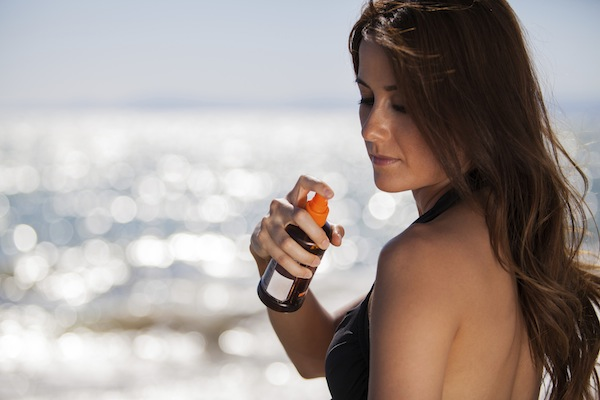 Is spray sunscreen safe?